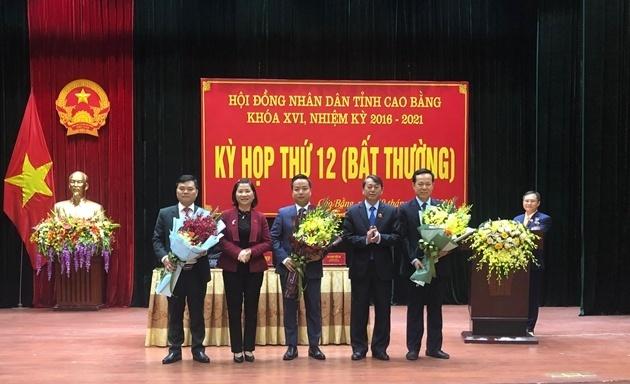 phe chuan pho chu tich ubnd tinh cao bang