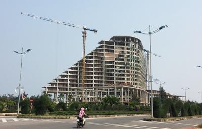 Quảng Bình: Dự án khách sạn 5 sao Pullman 1.100 tỷ đồng bao giờ mới hoàn thành?