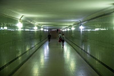 """Hà Nội: Hầm đi bộ được đầu tư hàng trăm tỷ nhưng vẫn """"ế"""" khách"""