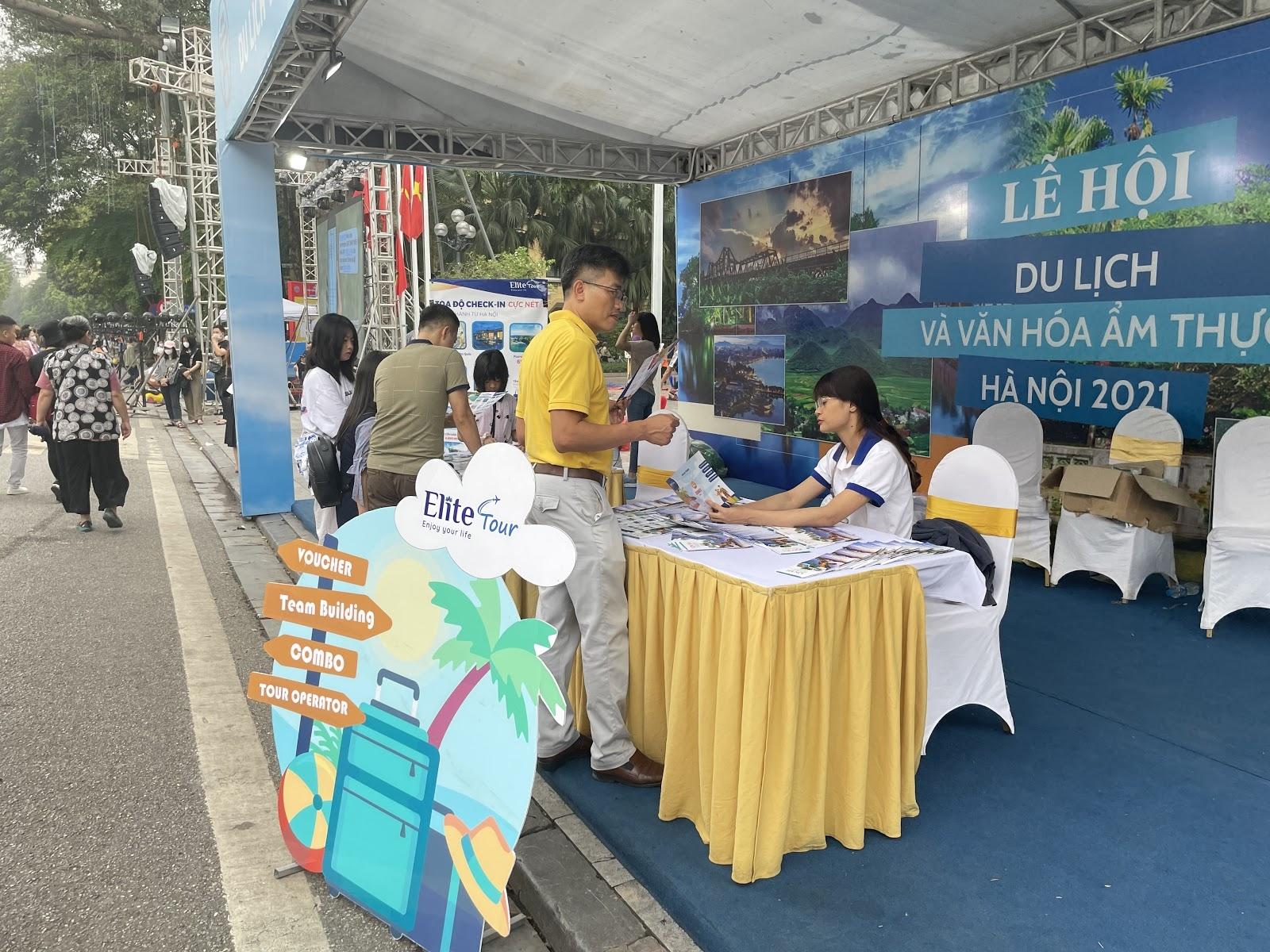Không khí náo nhiệt của Lễ hội du lịch và văn hoá ẩm thực Việt Nam