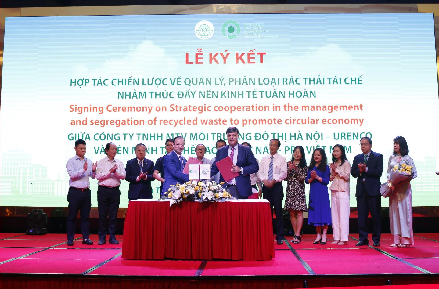 URENCO và PRO Việt Nam ký kết Thỏa thuận hợp tác nhằm thực hiện chương trình Quản lý, phân loại rác thải tái chế
