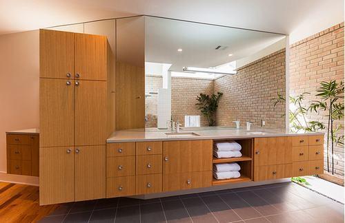 192057baoxaydung image004 Cùng nhìn qua những bức tường gạch tuyệt đẹp cho phòng tắm