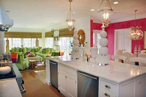 202629baoxaydung image002 Chía sẻ những cách tích hợp phòng bếp vào phòng khách thông minh