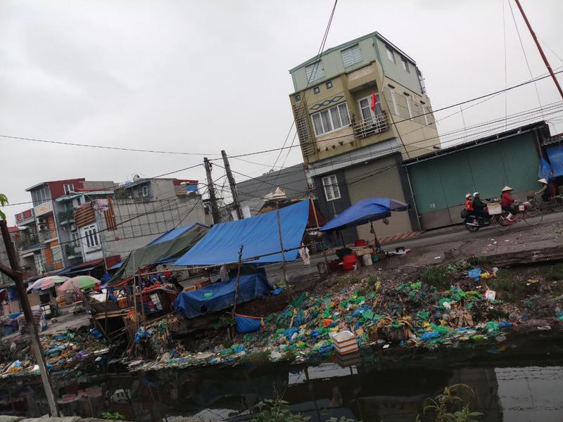 Tràng Cát (TP Hải Phòng): Ô Nhiễm môi trường nghiêm trọng khu chợ Xăm Bồ