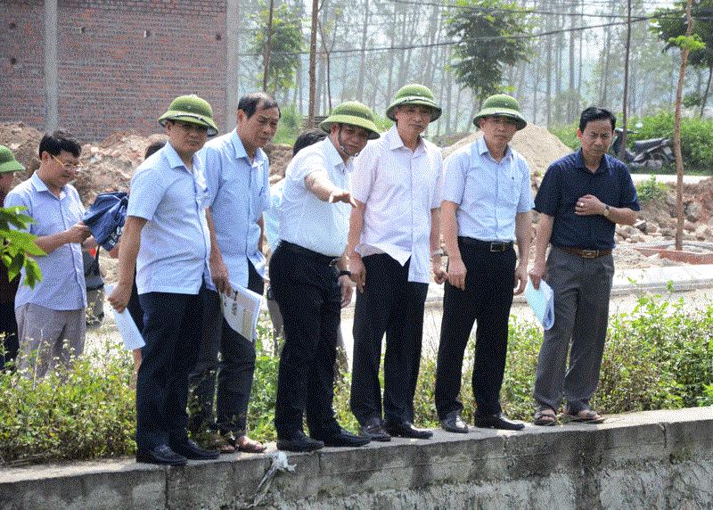 Bắc Ninh: Khẩn trương phá dỡ công trình vi phạm trên kênh tiêu Kim Đôi 9