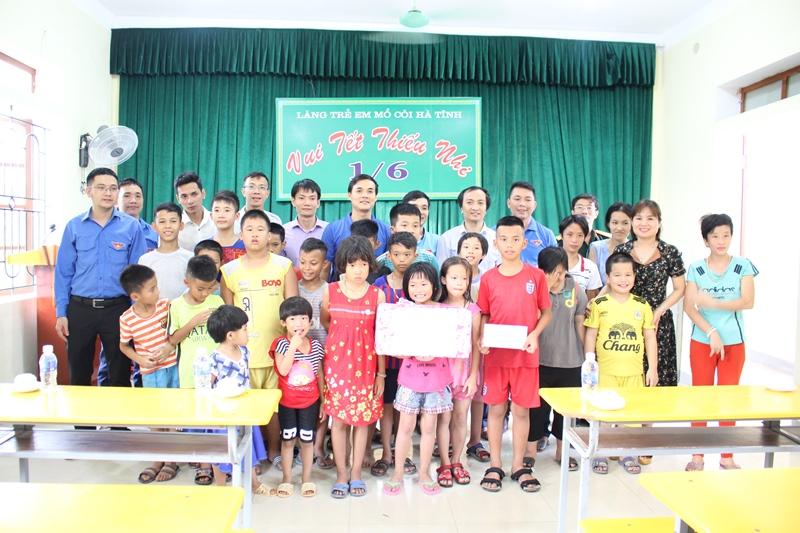 Đoàn Thanh niên Sở Xây dựng Hà Tĩnh: Mang yêu thương đến với những cuộc đời kém may mắn