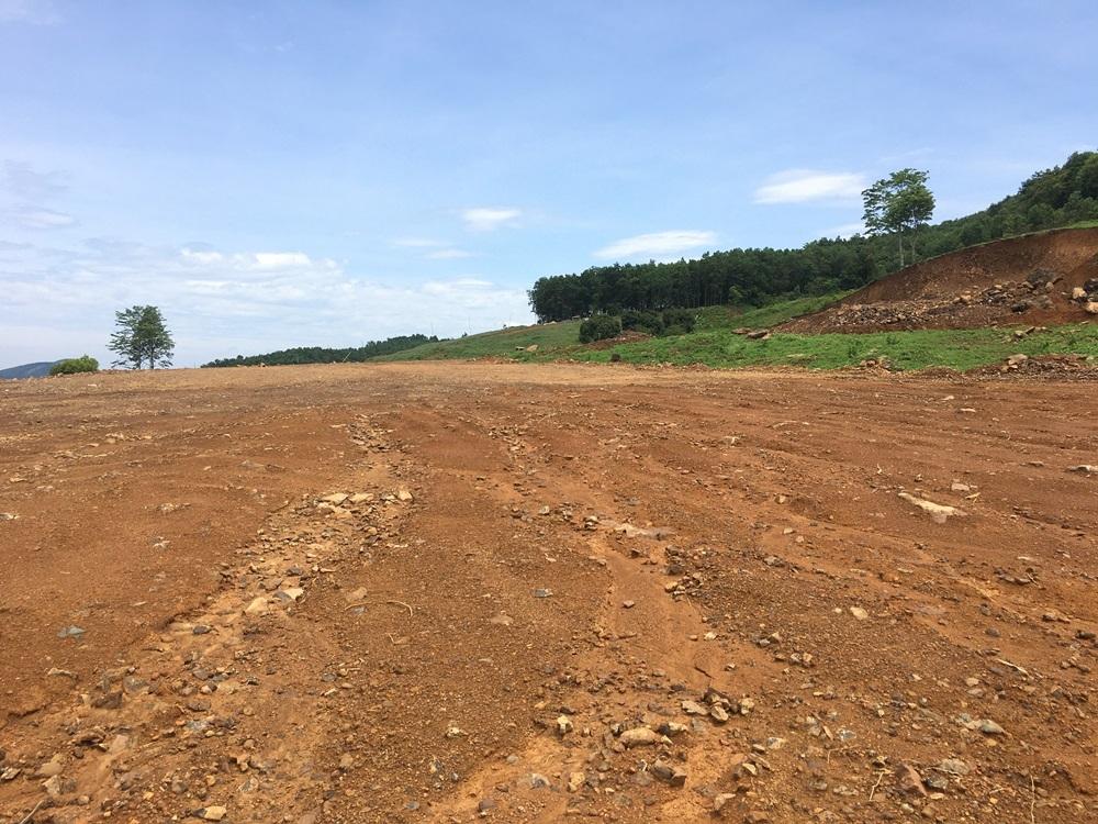 Cẩm Thủy (Thanh Hóa): Ngang nhiên bạt đồi xây dựng trang trại lợn không phép