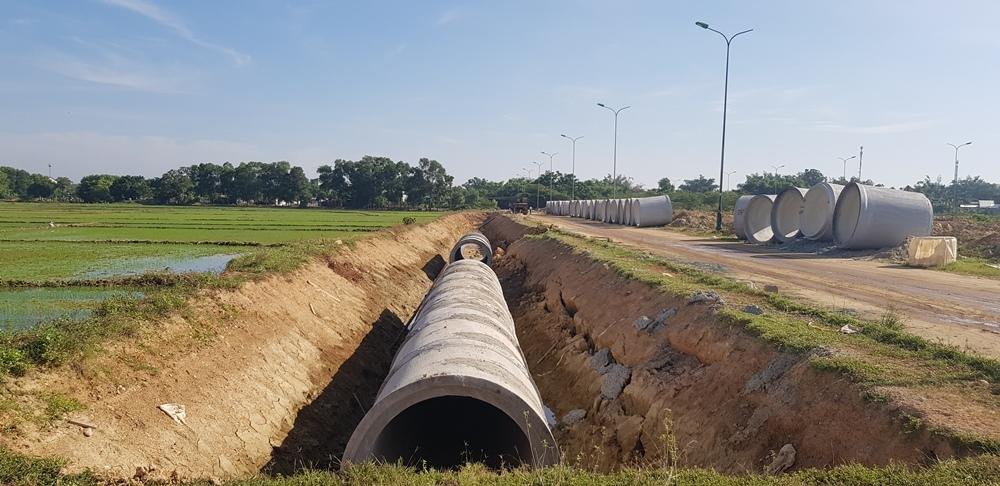 Thừa Thiên - Huế: Xin ý kiến chấm dứt hợp đồng gói thầu chậm tiến độ