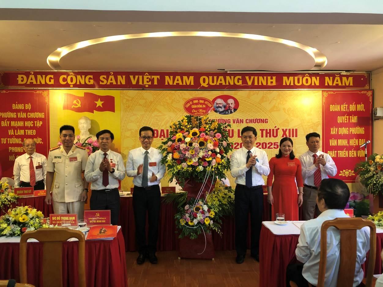 dai hoi dang bo phuong van chuong lan thu xiii tap trung phat trien ha tang dam bao trat tu do thi