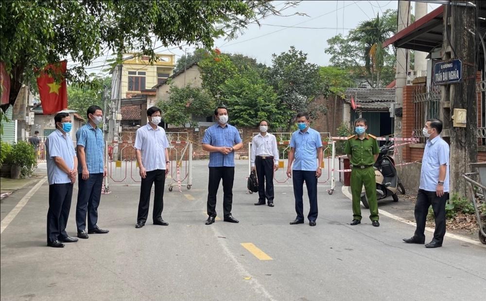 Vĩnh Phúc: Phó Bí thư Thường trực Tỉnh ủy kiểm tra công tác phòng chống dịch Covid - 19 tại một số địa phương và doanh nghiệp
