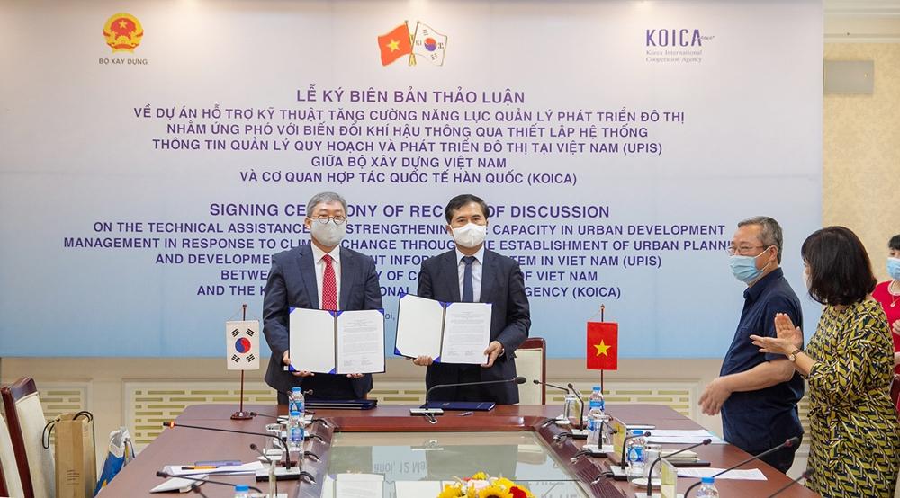 Bộ Xây dựng và KOICA ký Biên bản về dự án thông tin quản lý quy hoạch và phát triển đô thị