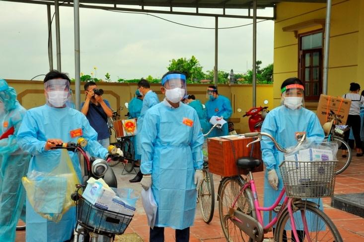 Bắc Giang: Công dân trong tâm dịch vẫn hoàn thành tốt nghĩa vụ bầu cử