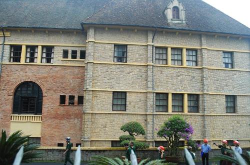 001614baoxaydung 9 Chiêm ngưỡng vẻ đẹp công trình kiến trúc cổ Đà Lạt vừa bị cháy