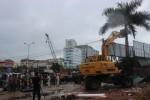 UBND Phường Mai Dịch tổ chức phá dỡ hàng loạt công trình xây dựng không phép trên đất nông nghiệp
