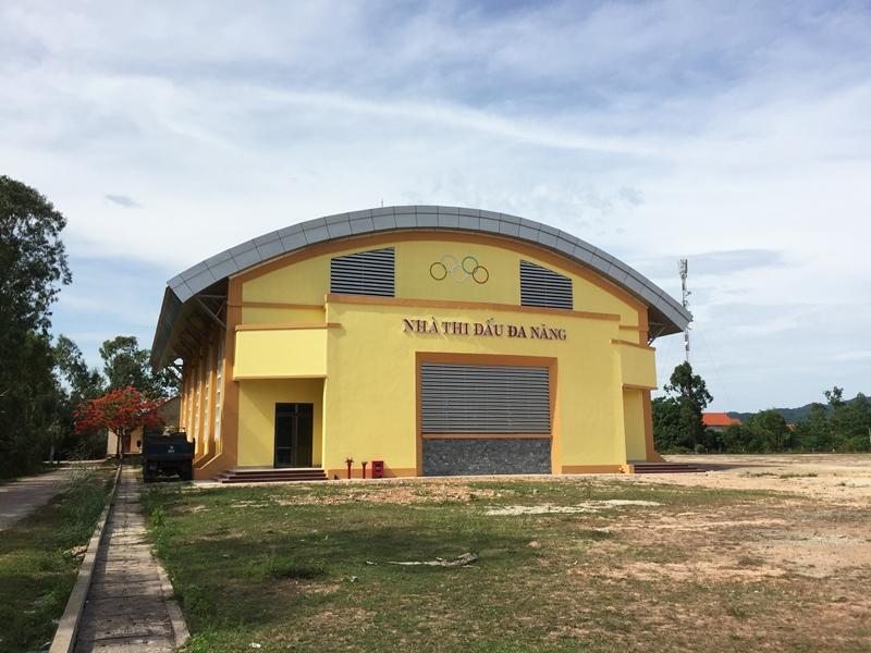 Quảng Bình: Một công trình vốn ngân sách dùng gạch không nung bị nứt vá đến 20%