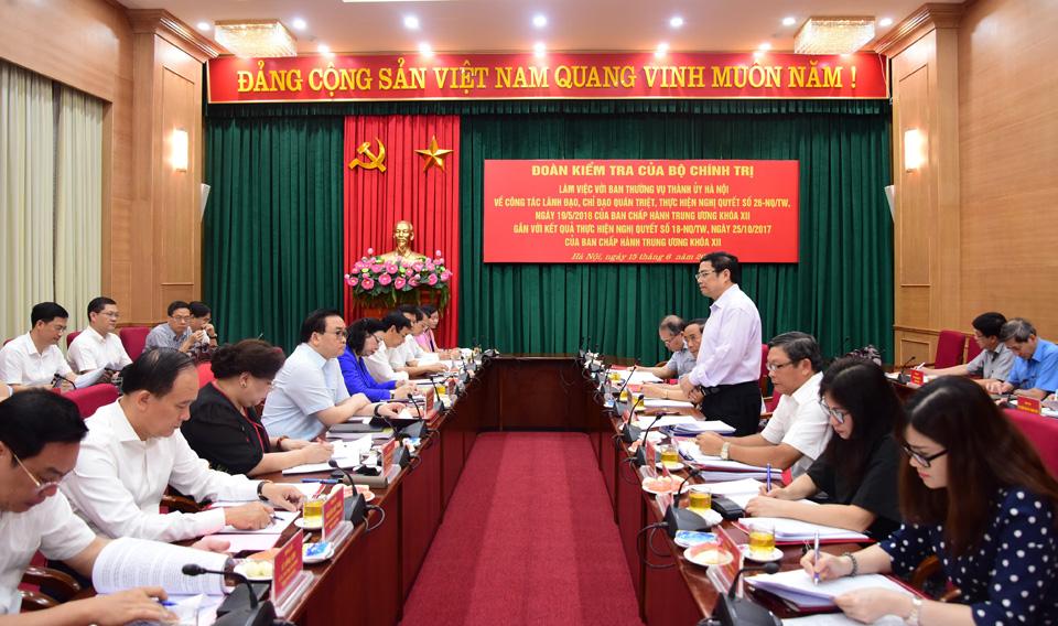 Bộ Chính trị kiểm tra công tác tổ chức, cán bộ tại Hà Nội