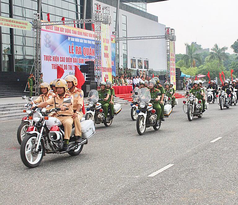 Vĩnh Phúc ra quân thực hiện đợt cao điểm đảm bảo trật tự an toàn giao thông, trật tự đô thị 2019