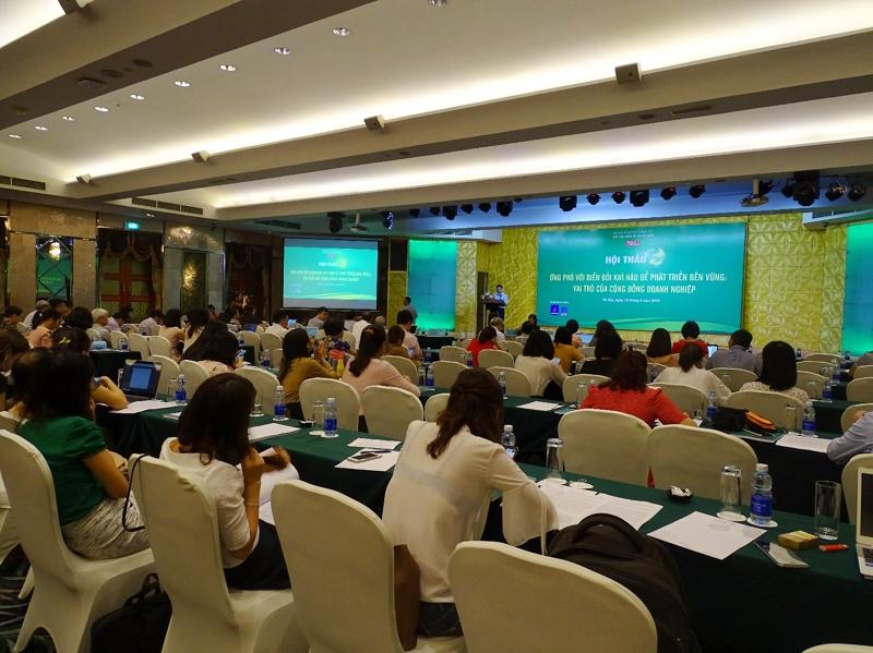 Ứng phó với biến đổi khí hậu để phát triển bền vững: Vai trò của cộng đồng doanh nghiệp