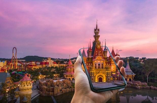 Công viên đầu tiên trên thế giới ứng dụng trải nghiệm giải trí ảo