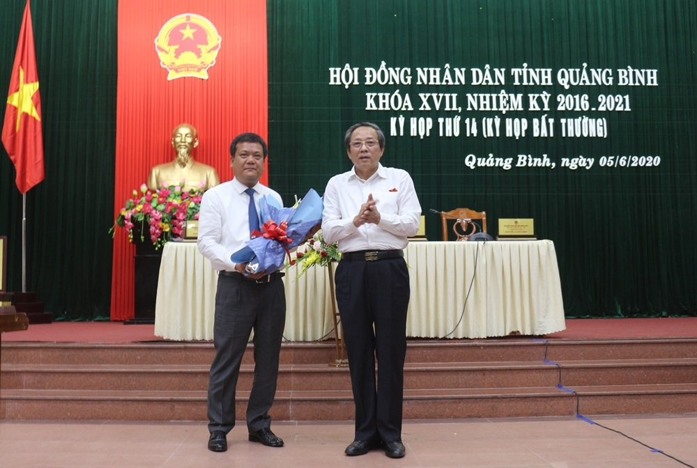 Quảng Bình: Ông Trần Phong được bầu giữ chức vụ Phó Chủ tịch UBND tỉnh
