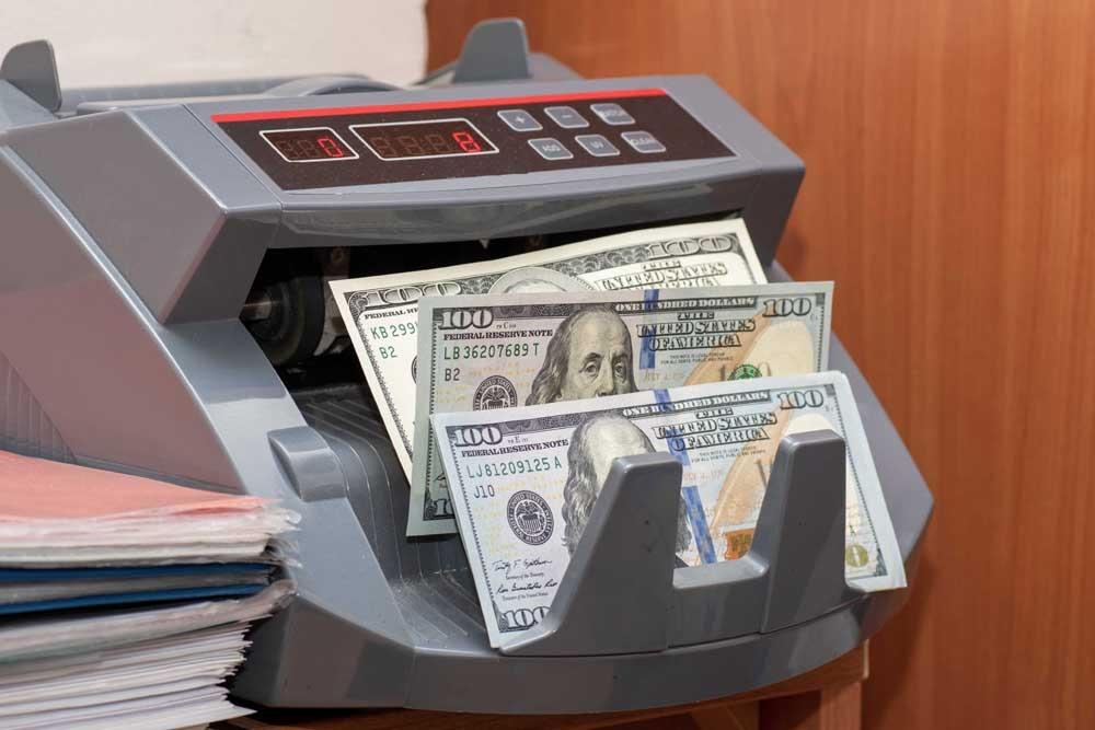 Thanh toán uỷ thác cho thuê tính trên tỷ giá hối đoái USD: Nhà đầu tư lãi kép