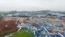 Bộ Xây dựng yêu cầu khẩn trương giải quyết sự cố sập nhà xưởng tại Vĩnh Phúc