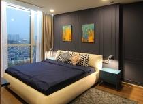 Căn hộ nội thất 2 tỷ đồng với nhà tắm ngắm trọn cảnh thành phố