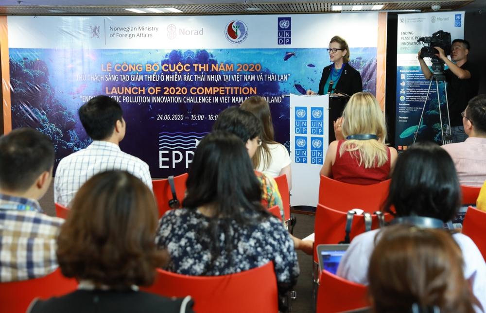 """Lễ công bố trực tuyến cuộc thi """"Thử thách sáng tạo nhằm giảm thiểu ô nhiễm rác thải nhựa trong khu vực ASEAN"""""""