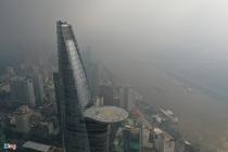 Trung tâm TP.HCM mờ mịt ngày không khí ở mức có hại