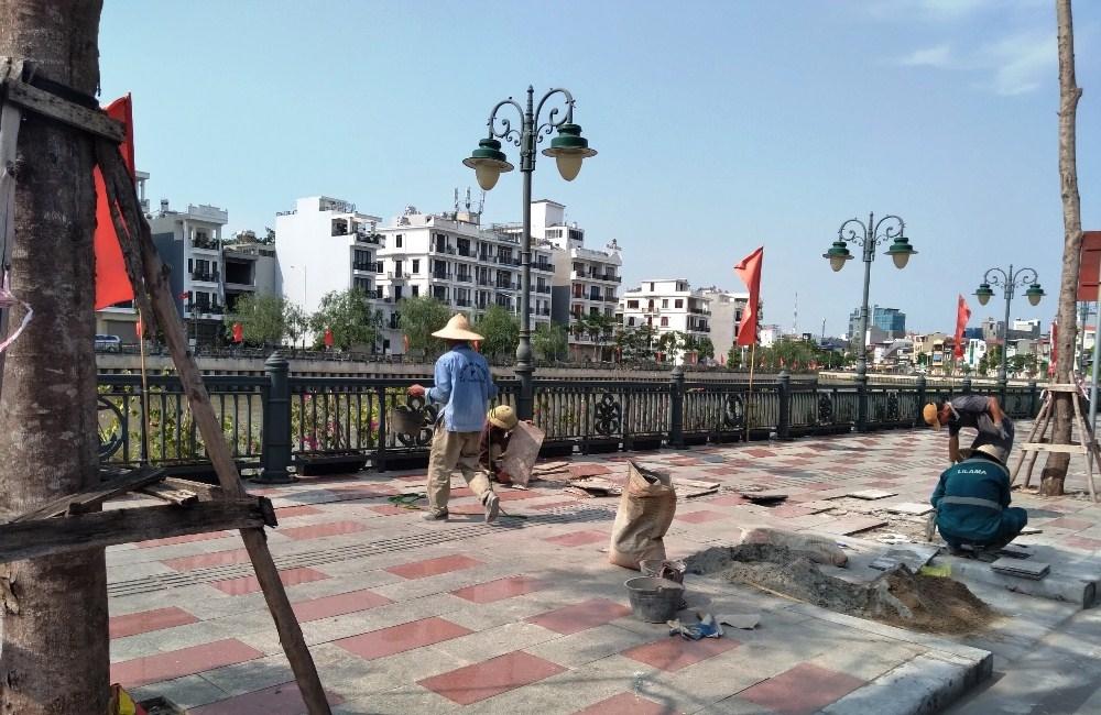 Hồng Bàng (Hải Phòng): Vỉa hè tuyến phố đi bộ Tam Bạc xuống cấp