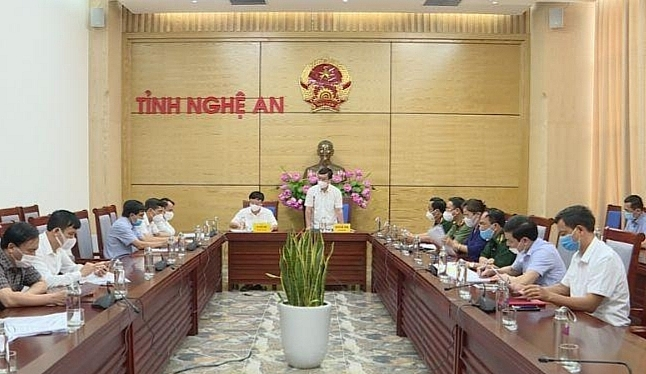 Nghệ An: Tạm dừng các dịch vụ không thiết yếu 5 huyện, thành, thị để phòng chống dịch Covid-19