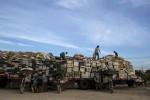 Bên trong bãi rác thải điện tử lớn nhất thế giới