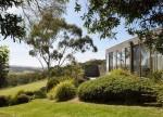 Độc đáo ngôi nhà nghỉ dưỡng với lan can đá
