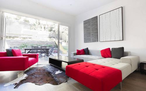 Những ý tưởng thiết kế mở rộng không gian phòng khách