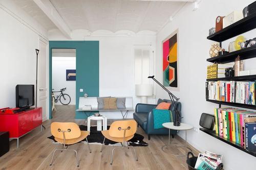 095213baoxaydung image001 Thiết kế căn hộ đa màu sắc cho gia đình hiện đại tại Barcelona
