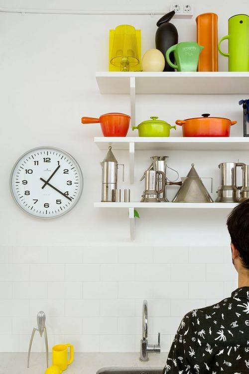 095213baoxaydung image007 Thiết kế căn hộ đa màu sắc cho gia đình hiện đại tại Barcelona