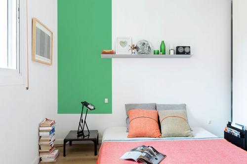 095214baoxaydung image010 Thiết kế căn hộ đa màu sắc cho gia đình hiện đại tại Barcelona