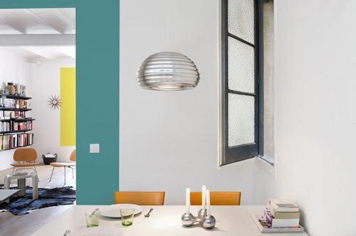 095214baoxaydung image012 Thiết kế căn hộ đa màu sắc cho gia đình hiện đại tại Barcelona