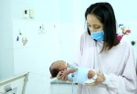 Cô giáo ung thư giai đoạn cuối hoãn điều trị để con chào đời an toàn
