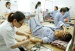 Hà Nội: Nắng nóng, bệnh nhân cao tuổi gia tăng chóng mặt