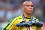Cơn động kinh bí ẩn của Ronaldo 9 trước trận chung kết World Cup 1998