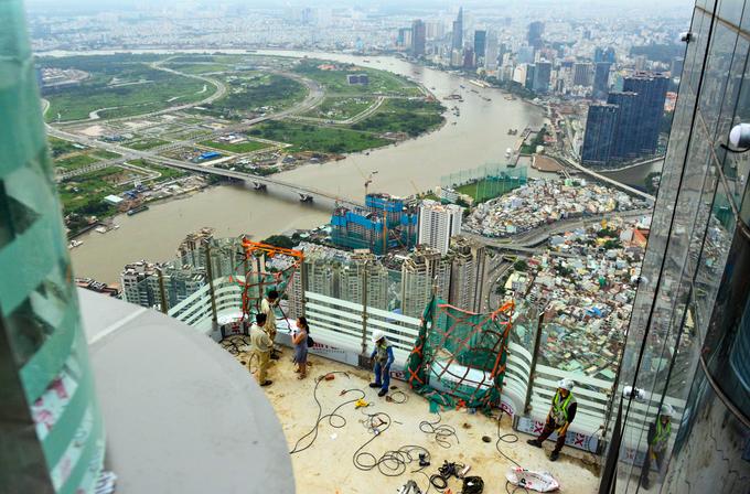 Công trường trên đỉnh tòa nhà cao nhất Việt Nam 171123baoxaydung_image002
