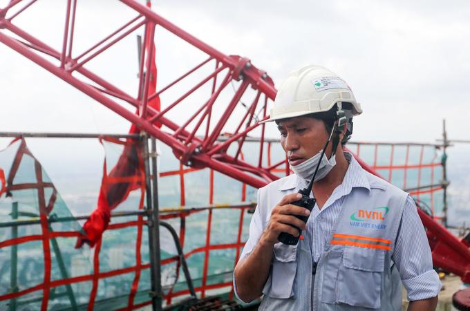 Công trường trên đỉnh tòa nhà cao nhất Việt Nam 171126baoxaydung_image007