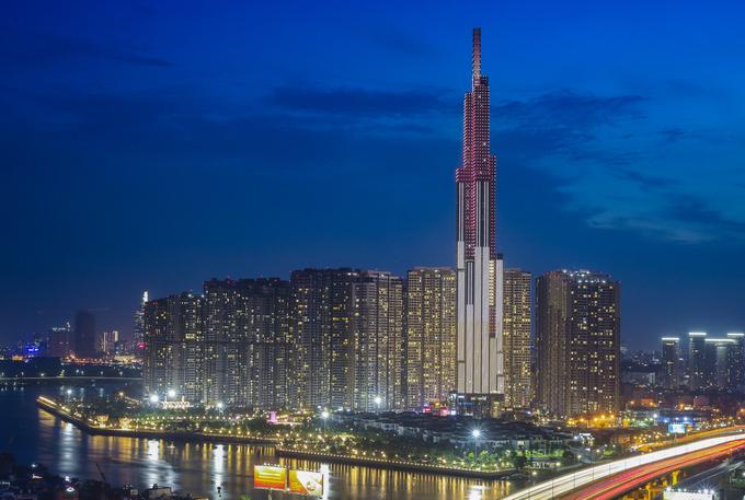 Công trường trên đỉnh tòa nhà cao nhất Việt Nam 171127baoxaydung_image012