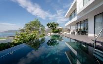 Căn villa có bể bơi vô cực với chi phí 35 tỷ đồng tại Nha Trang
