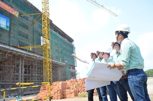 Giám đốc Ban Quản lý dự án khu vực có cần chứng chỉ hành nghề hoạt động xây dựng không?