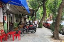 """Hà Nội: Công trình công cộng """"đánh đố"""" người khuyết tật"""
