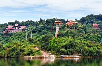 Lạc Thủy (Hòa Bình): Tiềm năng du lịch và những lợi thế thu hút đầu tư
