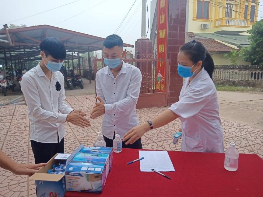 Bắc Giang: Kiểm điểm một số cán bộ do thiếu trách nhiệm trong công tác phòng, chống dịch Covid-19 tại huyện Tân Yên