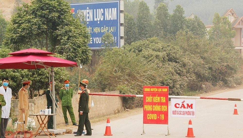 Bắc Giang: Liên tiếp kiểm điểm, phê bình cán bộ liên quan tới công tác phòng, chống dịch Covid-19